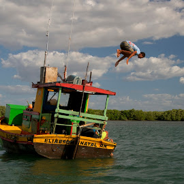 jumping from the boat by Francisco Diniz - Sports & Fitness Swimming