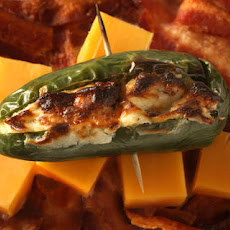 Bacon and Cheddar Jalapeño Poppers