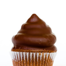 Chocolate Peanut Butter Hi-Hat Cupcake