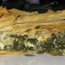 Spanokopita (Greek Spinach Pie)