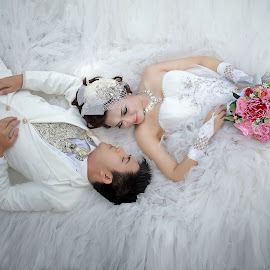 by Ruedix Photoworks - Wedding Bride & Groom