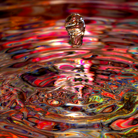 Psychedelic Patterns by Janet Lyle - Abstract Water Drops & Splashes ( water, splash, colors, droplets )
