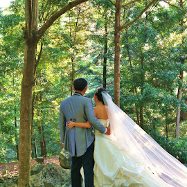 Outdoor picture by Koh Chip Whye - Wedding Bride & Groom (  )