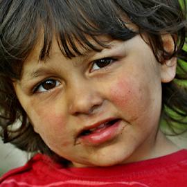 d�v� by Irena Brozova - Babies & Children Child Portraits