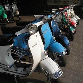Scooters for sale by Christopher Williams - Transportation Motorcycles ( shop, for sale, scooters, thailand, chiang mai )