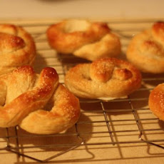 Soft Pretzels (For Bread Machines)