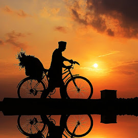 BIKE JENGKI by Mh Gandung - Transportation Bicycles ( sunset, #bike #work, man )