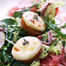 Prosciutto and Crottin Cheese Salad