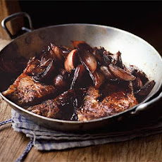 Steak & Sticky Red Wine Shallots