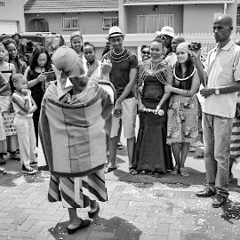 The Ndebele Way by Matt Stern - Wedding Reception ( african wedding, #mattsternphotography, matt stern, matt stern photography, wedding, www.mattsterntalents.com, south africa, matt stern talents, wedding photographer, bride and groom, traditional african wedding )