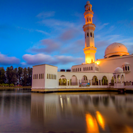 Tengku Tengah Zaharah Mosque by Syazwan Shahril - Buildings & Architecture Places of Worship ( muslim, reflection, kualaibai, syazwanshahril, mosque, slowshutter, terengganu, malaysia, architecture, bluehour, masjidtengkutengahzaharah, sunset, cloudformation )