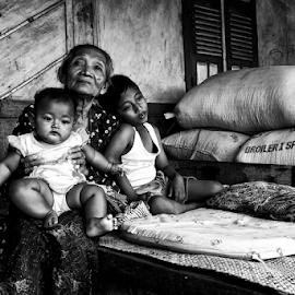 by Mochamad Iskandar - People Street & Candids