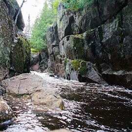In the Gorge by Roberta Janik - Landscapes Caves & Formations ( sunridge, rock_walls, gorge, rushing_water, ontario, rocks, river )