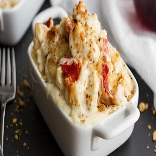 Lobster Mac and cayenne Cheese