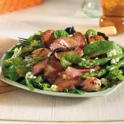 Grilled Asparagus, Beef & Blue Cheese Salad