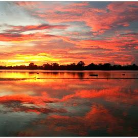 Sunset by Judith Ncapayi - Landscapes Sunsets & Sunrises ( sunset, beach, cape town )
