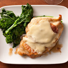 Pollo alla Valdostana (Chicken with Prosciutto and Fontina Cheese) Recipe
