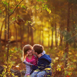 Kisses by Shelby Waltz - Babies & Children Child Portraits ( kiss, kids, autumn colors, smiles, kisses )