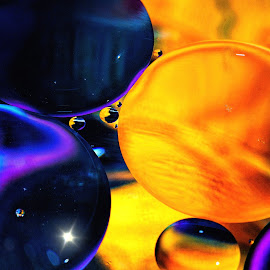 Twilight Planets by Carole Pallier Cazzazsnapz - Abstract Macro ( colour, water, abstract, circles, macro, patterns, stars, drops, spheres, light )
