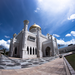 Sultan Omar Ali Saifuddien Mosque by Cristopher Selga - Buildings & Architecture Places of Worship ( clouds, sky, blue, beauty, moque, brunei )