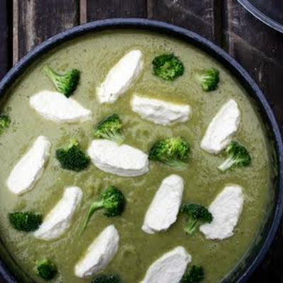 Broccoli Soup with Ricotta Cheese Dumplings