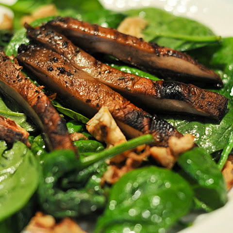 Wilted Spinach and Portobello Salad