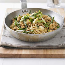 Noodles With Turkey, Green Beans & Hoisin