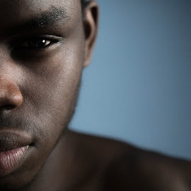 Me by Fola Abatan - People Portraits of Men ( canon, self portrait, photography, portrait, eyes )