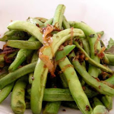 Green Beans with Mint and Red Onion