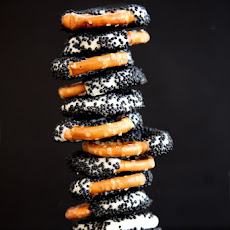 Black and White Chocolate Dipped Pretzels