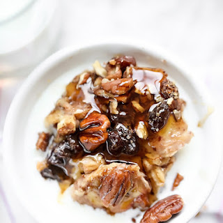 Slow Cooker Baked Oatmeal with Bananas and Nuts