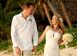Trevor & Elize at Tokoriki Island Resort