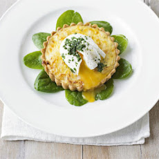 Smoked Haddock Tartlets With Poached Eggs & Chives