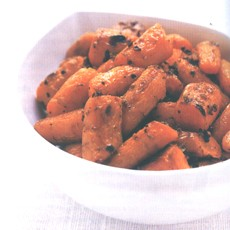 Oven-roasted Carrots with Garlic and Coriander