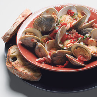 Clams with Smoky Bacon and Tomatoes
