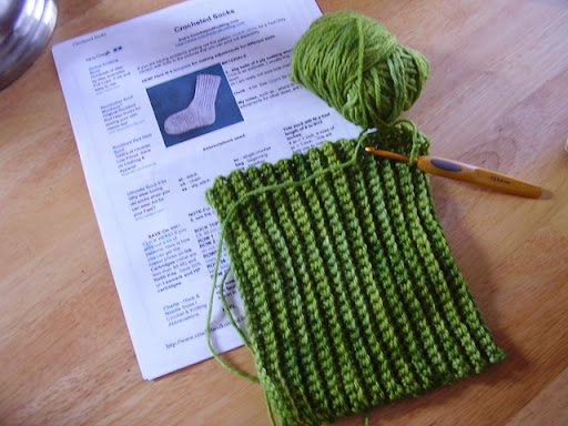 Free Knitting Patterns For Socks Using Worsted Weight Yarn : WORSTED WEIGHT MEN CROCHET SOCK PATTERN
