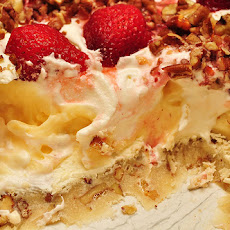Strawberry & Banana Ice Box Pie