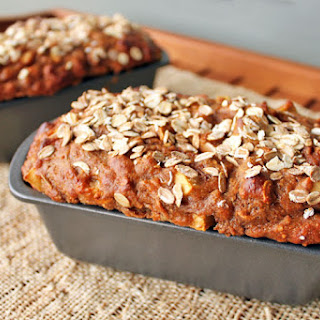 Spiced Apple Oat Bread