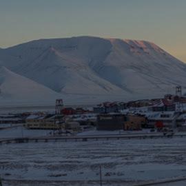 Longyearbyen by Sverre Sebjørnsen - City,  Street & Park  Skylines