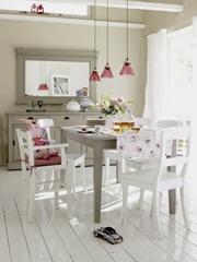 Carmöbel spisebord