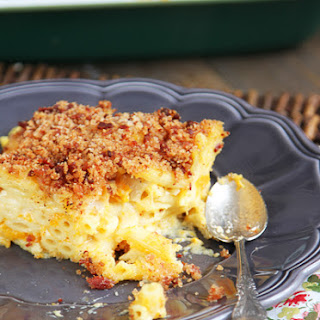 Butternut Squash Mac 'n Cheese With Buttery Bacon Breadcrumbs