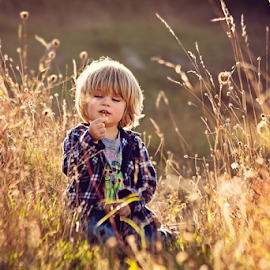 Tiny Flower by Chinchilla  Photography - Babies & Children Toddlers
