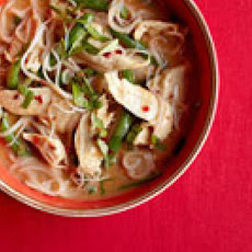 Thai Red Curry with Chicken and Green Beans