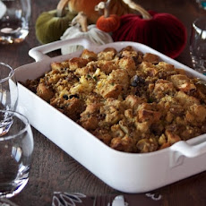 Cornbread Dressing with Sausage, Apples and Mushrooms