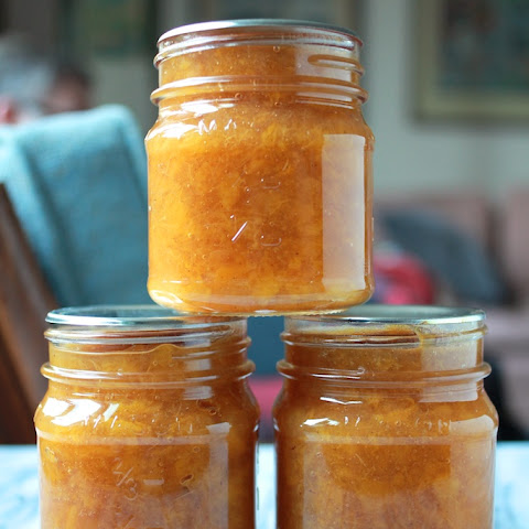 Low Sugar Spiced Peach Jam