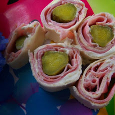 Easy Tortilla Pickle-Ham Rolls
