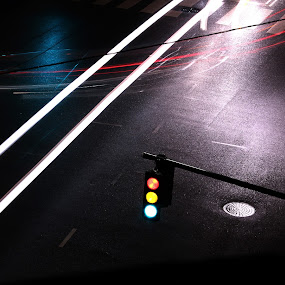 the traffic light by Eugen Chirita - City,  Street & Park  Night ( danmark, copenhagen, street, night, traffic light, city )