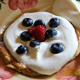 Tasty brunch by Bob Ward - Food & Drink Plated Food