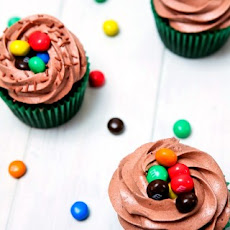 Chocolate M&M's Crispy Cupcakes with Chocolate Frosting