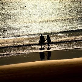 A WALK TO REMEMBER by Tarunjyoti Tewari - People Couples ( andamans, love, radhanagar beach, beach, walk, walk to remember )